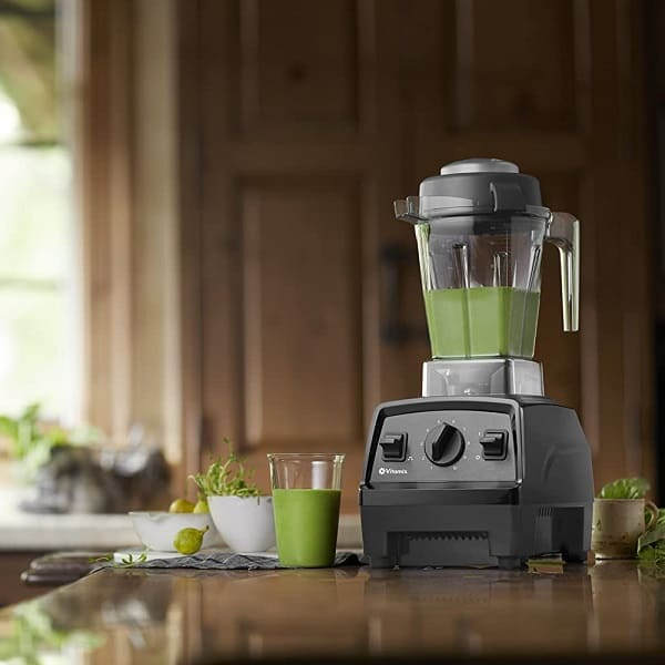 Vegetable smoothie using Vitamix E310