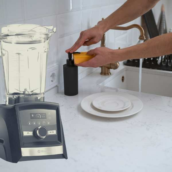 Vitamix blender for wash and cleaning on the counter